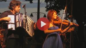 Videó - Cabaret Medrano a Francia Utcabálon