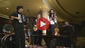 Videó - Cabaret Medrano: Mir lebn ejbig (MITEM)